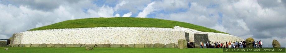 Irland Rundreise Newgrange