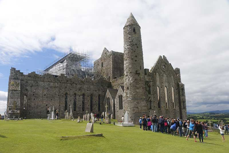 Rock of Cashel, Rundturm