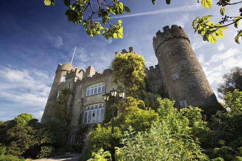 Malahide Castle, Irlands Burgen und Schlösser
