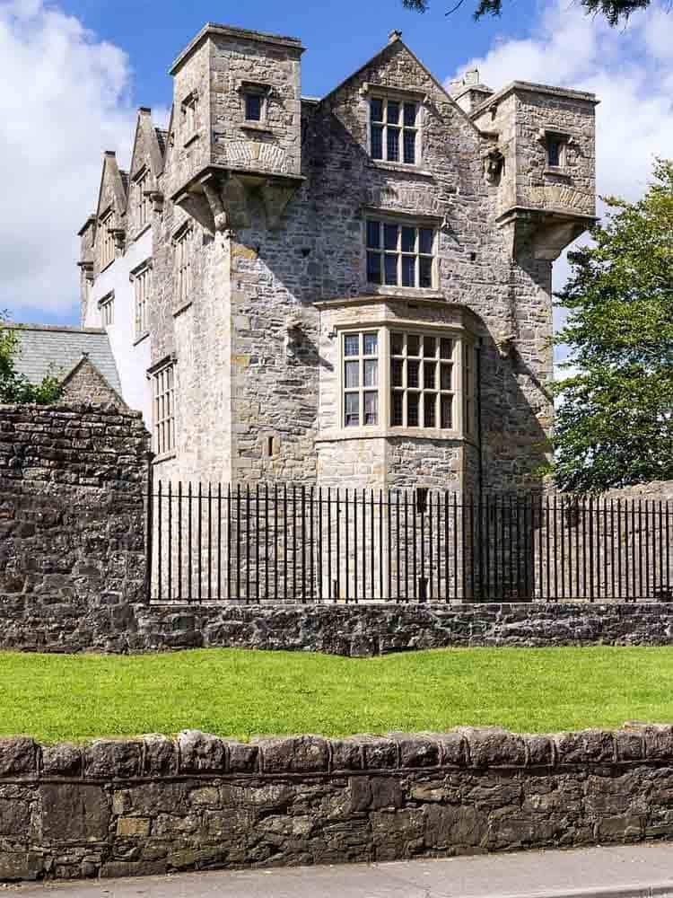 Wohnturm Donegal Castle