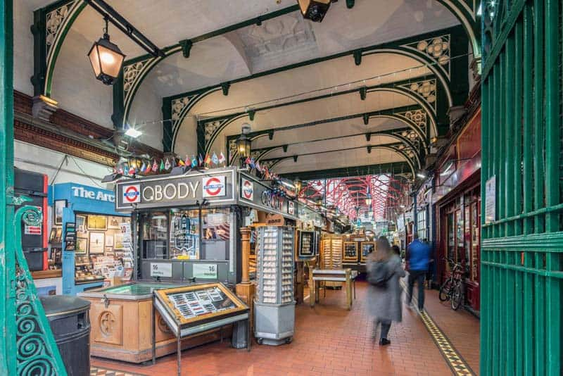 Georges Street Arcade, Shopping in Dublin