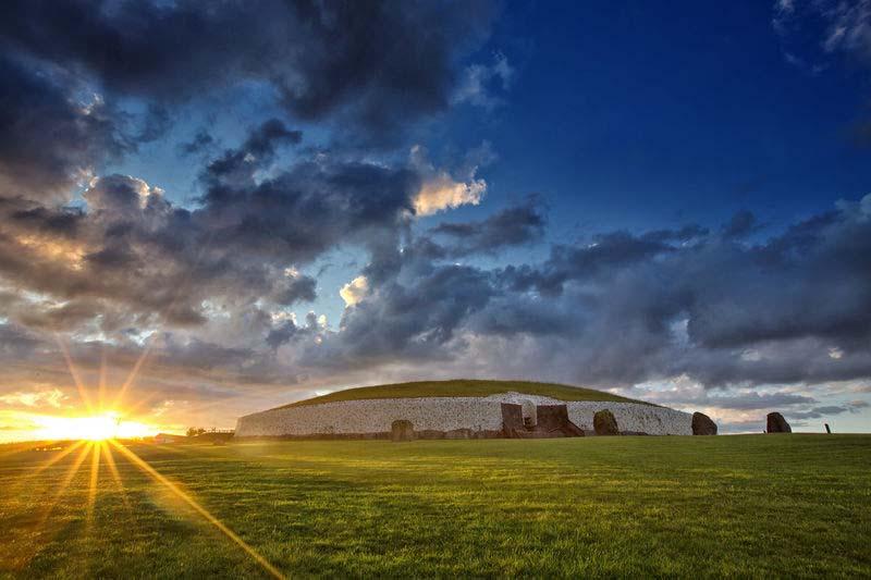 Newgrange Irlands historischer Osten