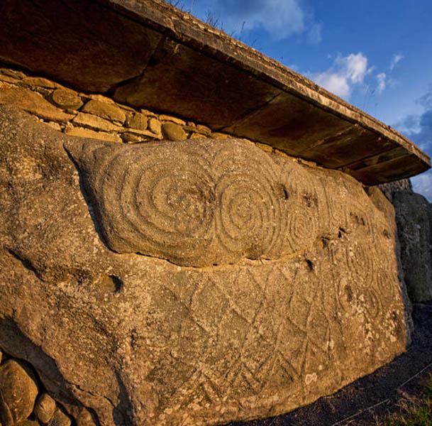 Eingangsstein Newgrange