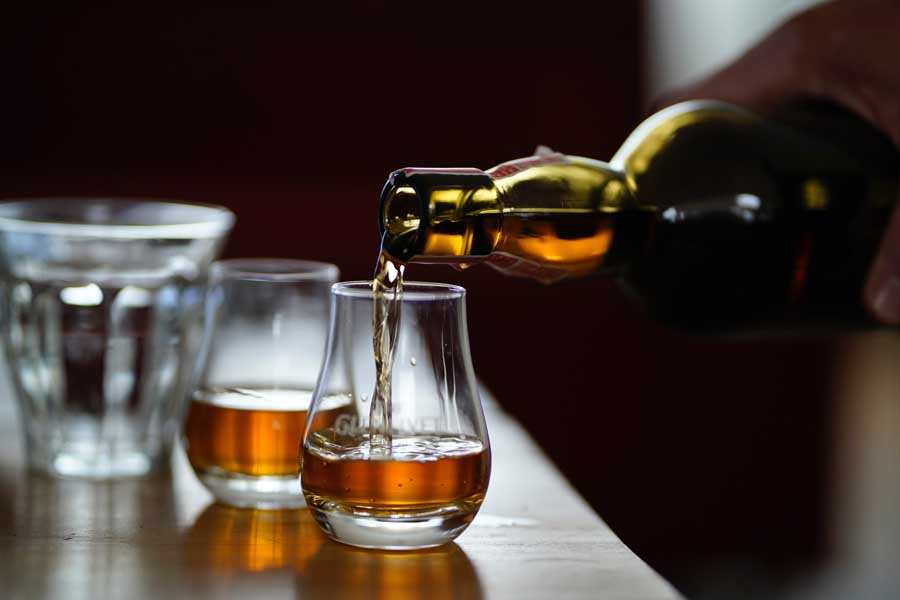Whiskey Bars in Irland