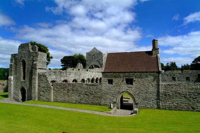 Boyle Abbey Außenmauer