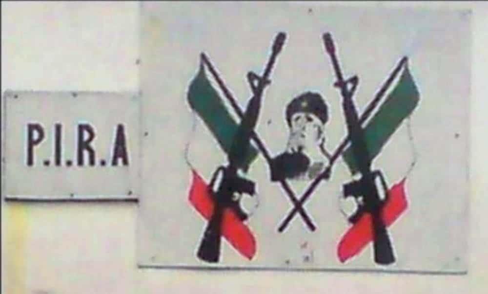 Plakat der IRA in Belfast