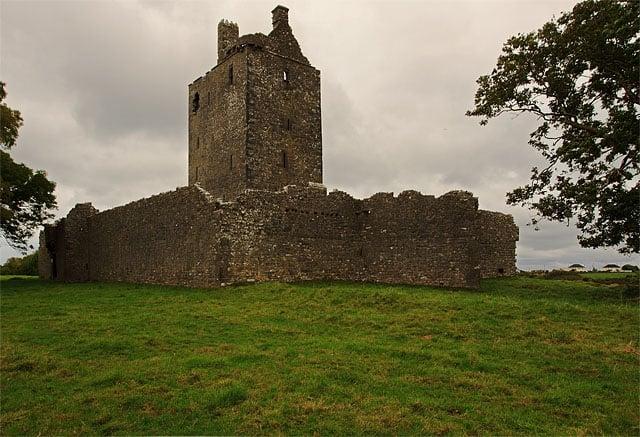 Castles_of_Connacht,_Fiddaun,_Galway