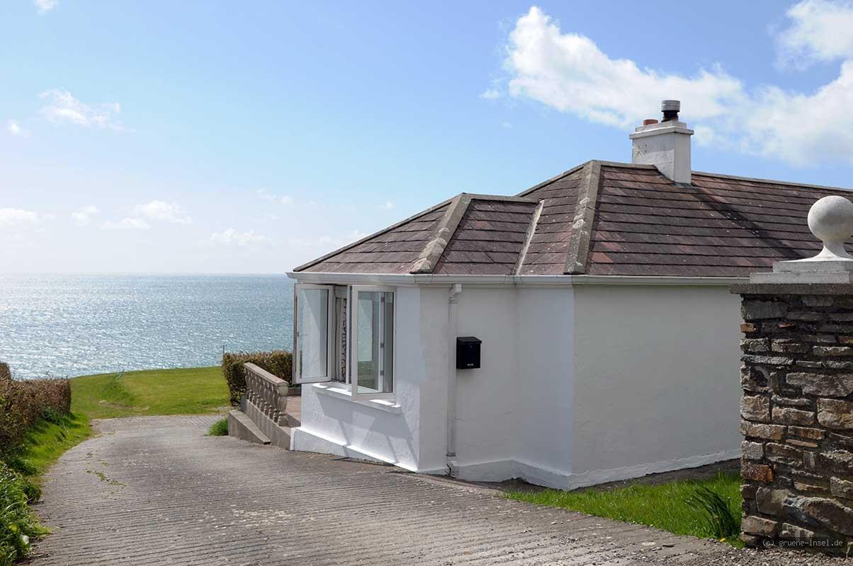ferienhaus irland gruene die irland experten. Black Bedroom Furniture Sets. Home Design Ideas