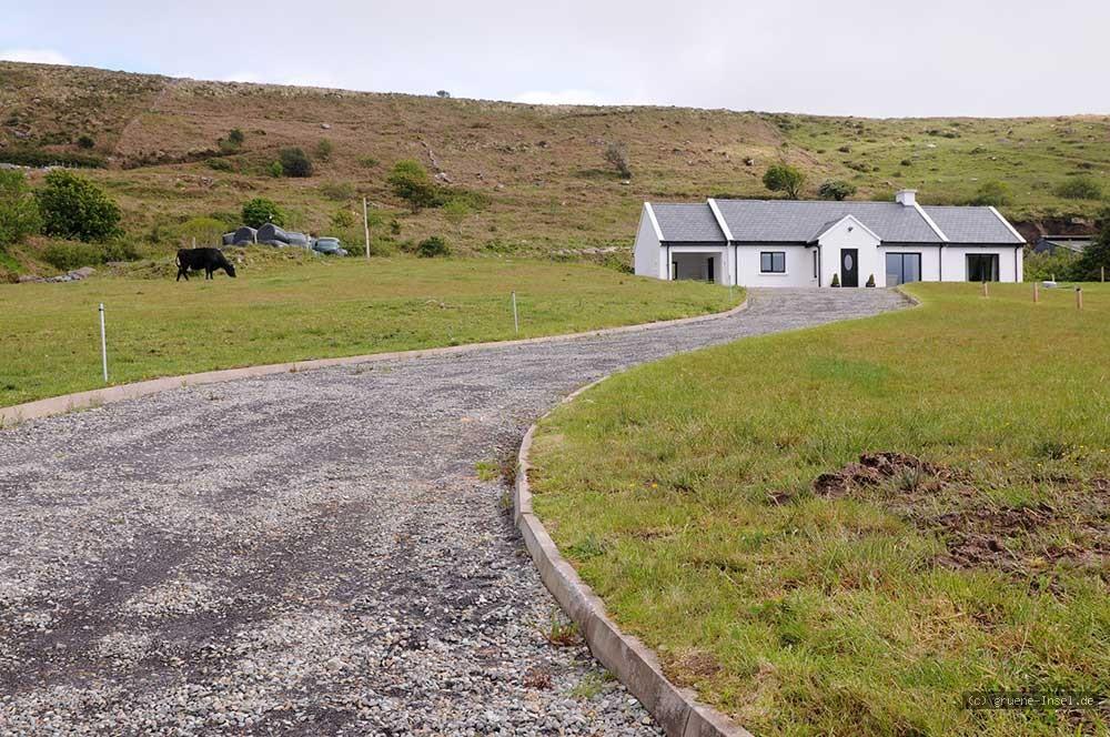 ferienhaus irland lake currane cottage 1 waterville co kerry gruene die irland. Black Bedroom Furniture Sets. Home Design Ideas