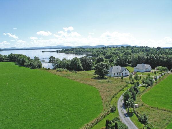Ferienhaus mit Angelmöglichkeit, Whitegate, Clare, Irland